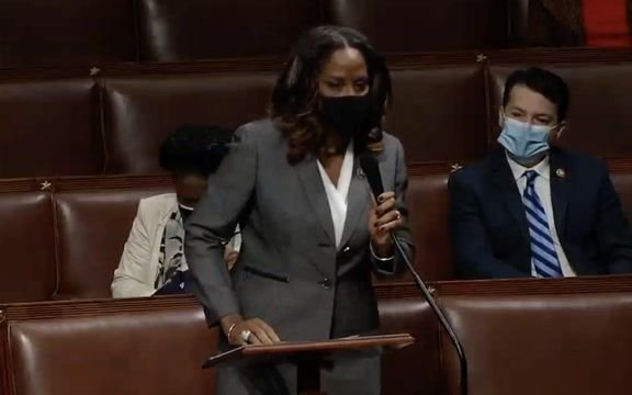 "Del. Stacey Plaskett (D-VI) goes off on Rep. Grothman (R-WI) after he says BLM ""doesn't like the old-fashioned family."""